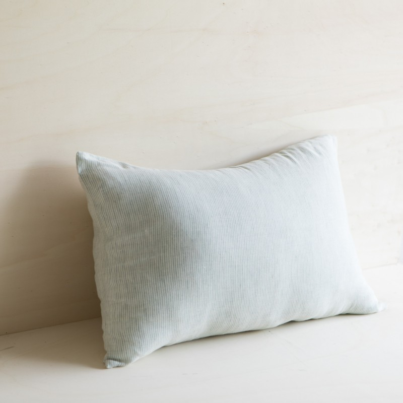 SAO PAULO STRIPED & WASHED LINEN CUSHION TILLEUL/ MILK