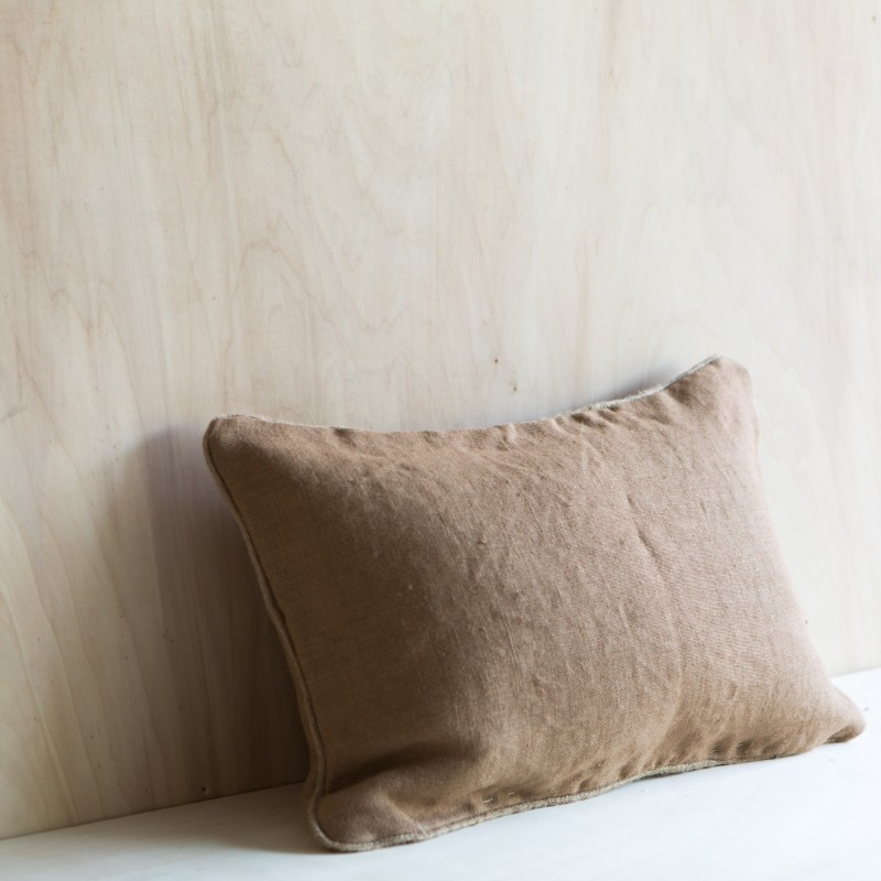 PAZ CUSHION CAMEL
