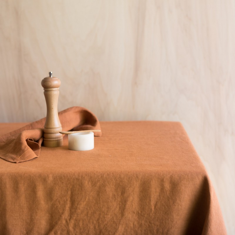 WASHED LINEN TABLECLOTH CARAMEL