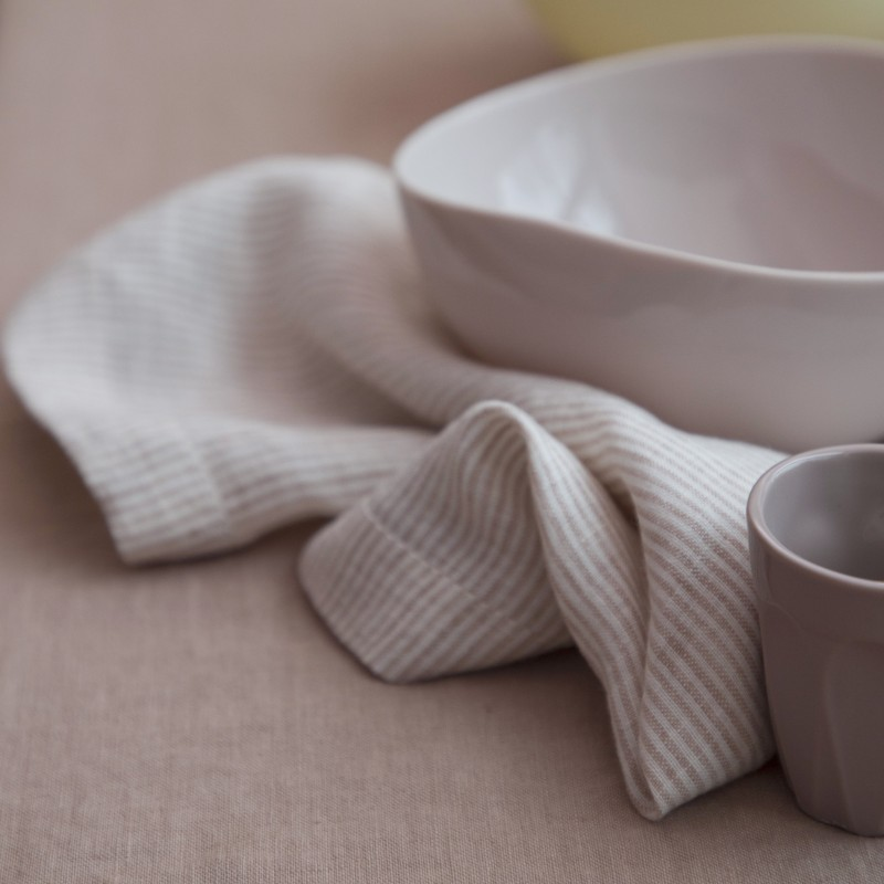 STRIPED WASHED LINEN NAPKIN GLAISE/ MILK