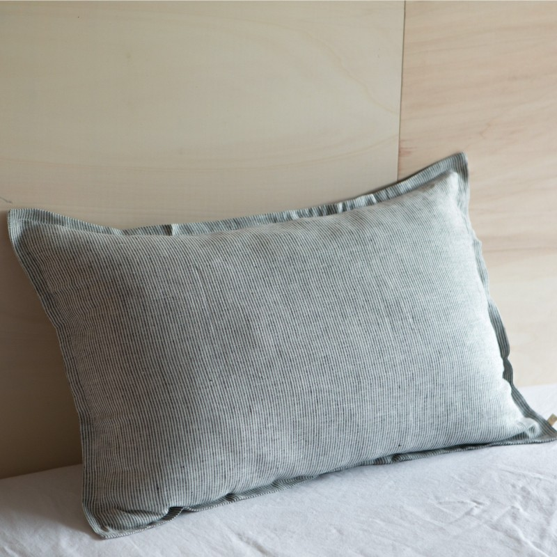 STRIPED & WASHED LINEN PILLOWCASE BLACK/ MILK